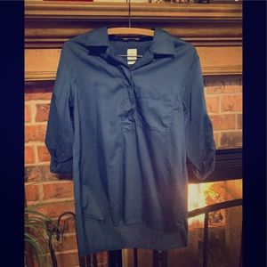 🔥Bundle of 4 Gap button-down tops